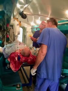 Druckkammer Ludwigsburg: Versorgung eines Intensivpatienten mit hyperbarer Sauerstofftherapie HBO